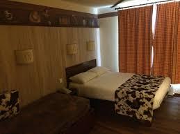 chambre hotel cheyenne nouvelles chambres du disney s hotel cheyenne sur le thème de