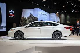 toyota go car 2016 toyota avalon updated for chicago auto show