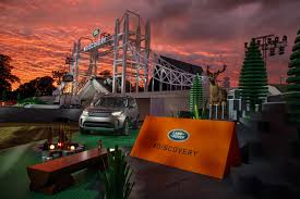lego land rover land rover shows off 2017 discovery with record breaking lego build