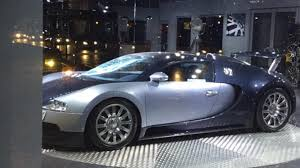 bugatti showroom afzal kahn u0027s bugatti veyron vandalized in leeds showroom youtube