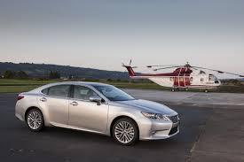 lexus es hybrid vs gas 2013 lexus es fuel economy and performance figures hybrid returns