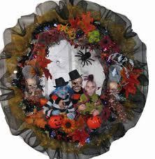 Halloween Wreaths Ideas by Halloween Crows