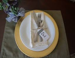 tablescape tuesday 5 thanksgiving place settings the daily hostess