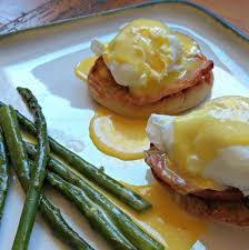 cuisine hollandaise eggs benedict recipe all recipes uk