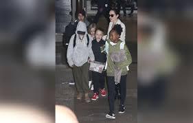 Angelina Jolie Mansion by Brad Pitt Angelina Jolie Divorce Custody Kids La Pics