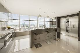 using high gloss tiles for kitchen is good interior design