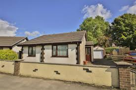 2 bedroom detached bungalow for sale in laneside avenue