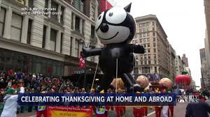 thanksgiving day video millions attend macy u0027s thanksgiving day parade amid high security