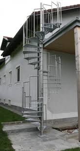 gel nder f r treppen innenarchitektur kühles wendeltreppe außen metalltreppen gelnder