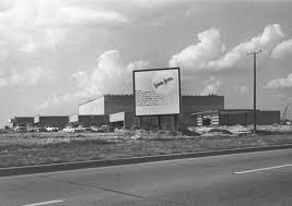 neiman marcus u0027s first fort worth store was on camp bowie before