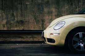 volkswagen beetle wallpaper vintage beige volkswagen beetle free stock photo