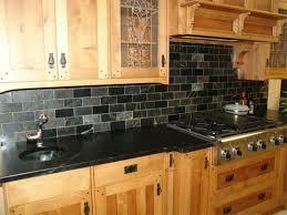 comptoir de cuisine noir plan de travail cuisine granit prix plan de travail en granit
