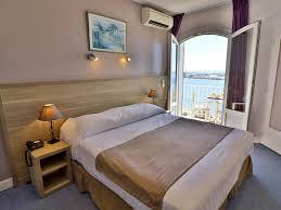 chambre vue sur mer hôtel avec chambres vue mer au lavandou