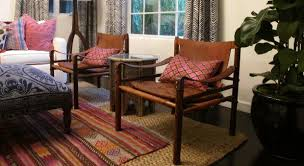 Throw Rug On Top Of Carpet How To Choose An Area Rug Home Decorating Tips