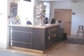 comptoir de bureau bureau d accueil touristique de charlesbourg québec city tourist