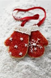 mitten christmas cookie inspiration via pour femme cookies