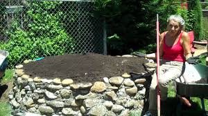 keyhole garden layout 1 13 videos how to make a keyhole garden intro www