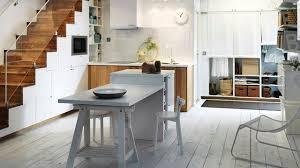 cuisine avec ilot table cuisine avec coin repas table bar îlot pour manger côté maison