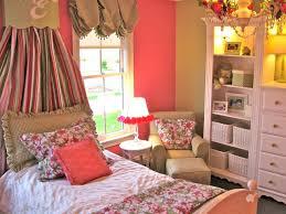 deco peinture chambre fille peinture chambre enfant en 50 idées colorées