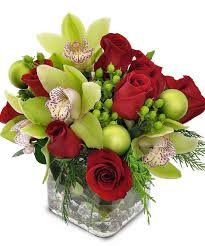 Cube Vase Centerpieces by Orchids U0026 Roses Centerpiece Red Roses U0026 Green Orchids In A Cube