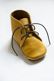 Mens Leather Bedroom Slippers by Best 25 Leather Baby Shoes Ideas On Pinterest Baby Sandals