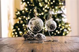 16 festive christmas tree decorating ideas to inspire you