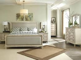White Distressed Bedroom Furniture Distressed Bedroom Furniture Antique White Distressed Bedroom