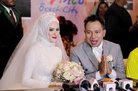 wedding dress nagita slavina angel lelga prasetyo bakal punya acara tv saingi raffi