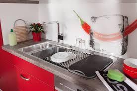 küche demontieren rote küche welche arbeitsplatte kuche keramik beton kunststein