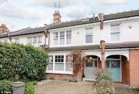 four bedroom house beeny finds a 900k four bed house for sale daily