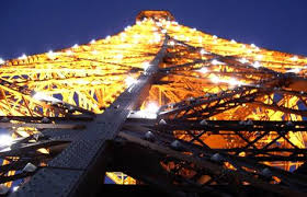 eiffel tower light show eiffel tower cuts light show ef tours travel blog the equator