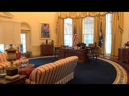 trump drapes donald trump chooses same curtains for oval office as hillary