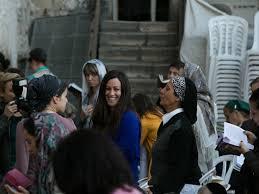 Alanis Morissette Havoc And Bright Lights Alanis Morissette Plays Israel Concert Despite Calls For Boycott