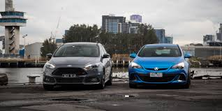 ford focus mk3 stealth grey and opel vauxhall astra in blue