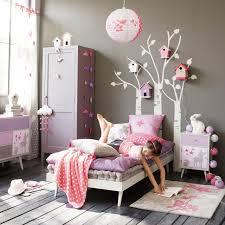 decoration chambre fille idées de déco chambre fille en animaux et cabanes à oiseaux les