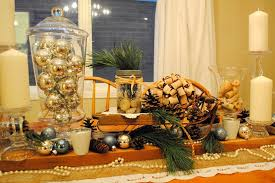 Christmas Bauble Table Decoration by 37 Exquisite Mason Jar Christmas Centerpieces Table Decorating Ideas