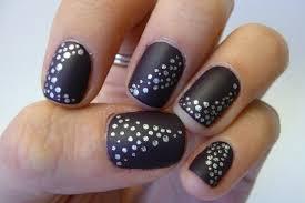 casa de polish notd quick easy dotted nails