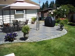Inexpensive Backyard Ideas Simple Backyard Patio Designs Inspirations With Easy Ideas And