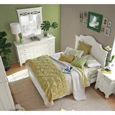 Value City Furniture Bedroom Set by Plantation Cove White Panel 6 Pc Queen Bedroom Value City