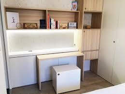 le de bureau bleu aménagement sur mesure chambre parentale bureau modulable rangements