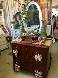 Vintage Home Decore by Christmas Vintage Decor Shopping Tour Moscato Is My Mantra