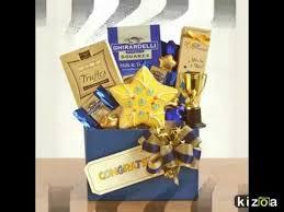college graduation gifts lois la baskets graduation gift collection