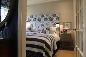 cheap hotels in nyc including discount hotel rooms and deals broadway themed bedroom lion king bedroom decorations