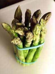 cuisiner asperges vertes fraiches comment cuire les asperges vertes cookismo recettes saines