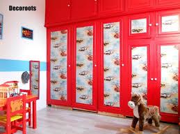 deco voiture chambre garcon rénovation et décoration d une chambre d enfant ou bébé idées et