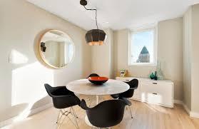 Eero Saarinen Table Saarinen Tulip Table A Design Classic Perfect For Contemporary