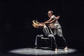 taika box dancers embracing your smart phone addiction