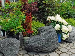 Lava Rock Landscaping by Boulders And Decorative Landscape Rocks Palo Ia Cedar River