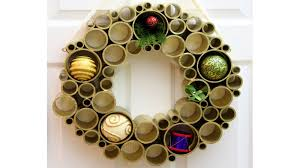 Holiday Wreath Holiday Wreaths Spread Some Cheer At Your Doorstep La Times