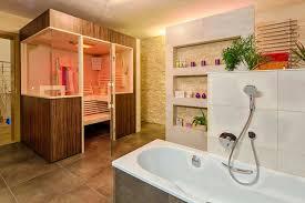 badezimmer mit sauna und whirlpool sauna im badezimmer tagify us tagify us